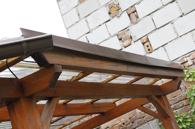 Oplechování střechy pergoly